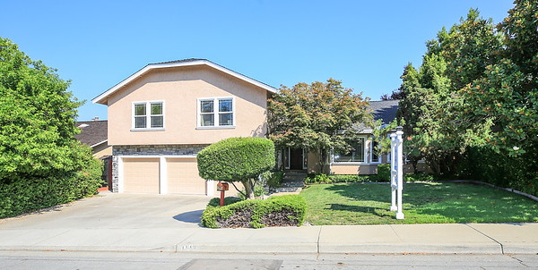 1113 Foxhurst Way San Jose