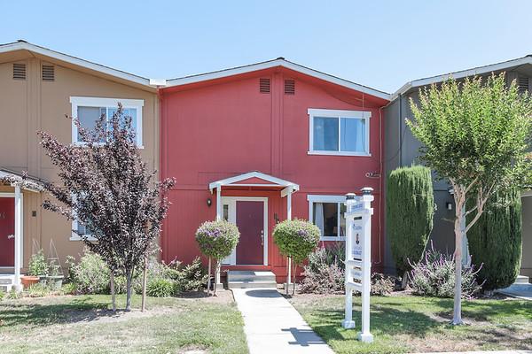 532 Tyrella Ave #10, Mountain View / Jason Dupler