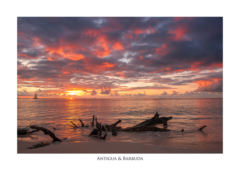 Magnifisent_Sunset_at_Ffryes_Beach