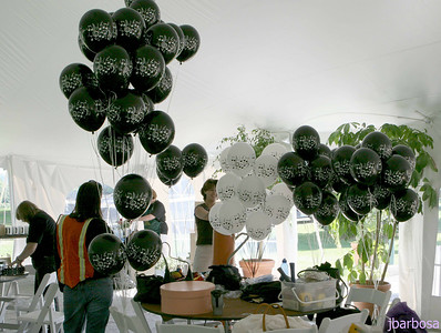IMG_1911-08-27-05 Tanglewood more balloons