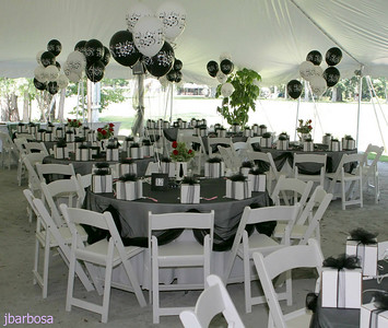 IMG_1938-08-27-05 Tent decor is complete