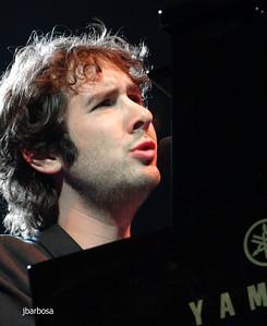 Josh at MSG-jlb-11-14-11-1192w