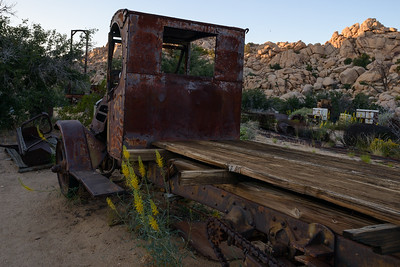 Mack Truck rusting away on Key's Ranch