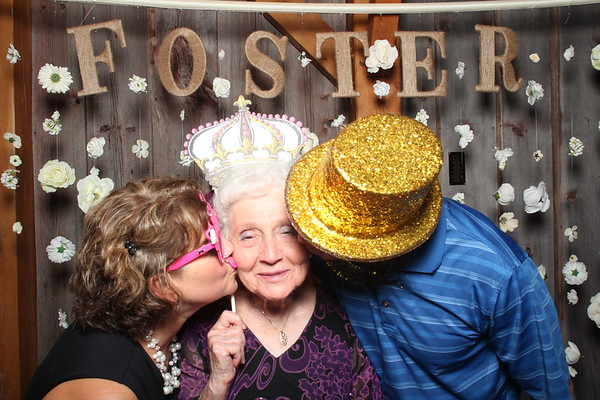 1Aug2015-SchwinnFarm-Photobooth-0022