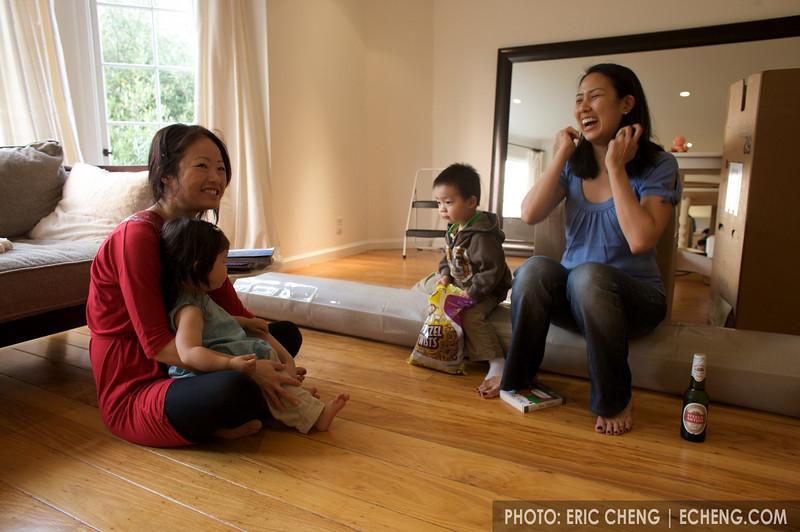 Karine, Linnea, and babies