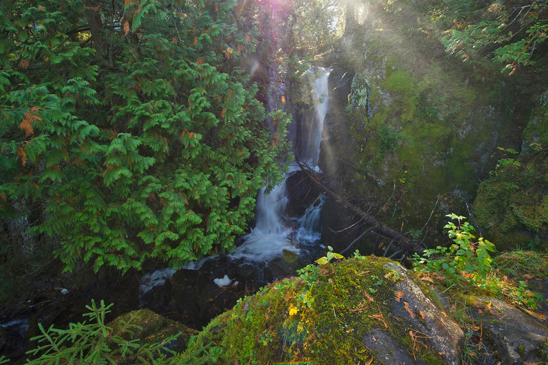 This year I wanted to hike into the Boundary Waters via the border route trail. My goal was to hike to the Rose Lake overlooks. The hike there brought me to Stairway Portage Falls. This is a waterfall located between Duncan and Rose Lake. I wish I could have spent more time there.