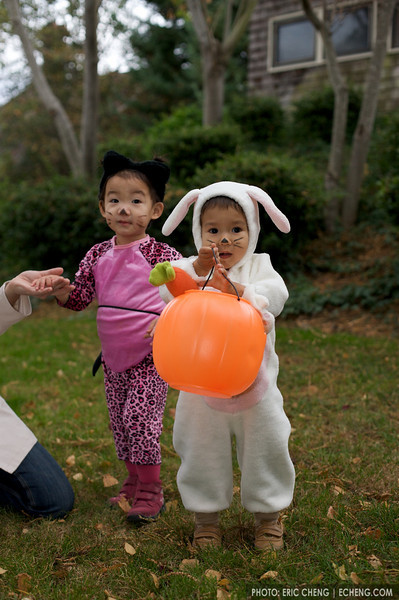 Kira and Jack, Halloween
