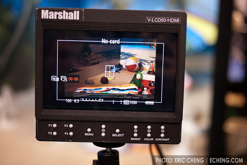 "Marshall 5"" monitor prototype: 800x480 pixels, peaking, false color, runs 2 hours on 4 AA batteries"