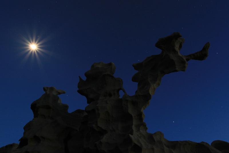 "SUNDAY, APRIL 5, 2009<br /> <br /> UTAH 8286<br /> <br /> ""April moon over Fantasy Canyon""<br /> <br /> Camera: Canon EOS 5D Mark II<br /> Lens: Canon EF 17-40mm<br /> Focal length: 23mm<br /> Shutter speed: 30 seconds<br /> Aperture: f/16<br /> ISO: 1250"