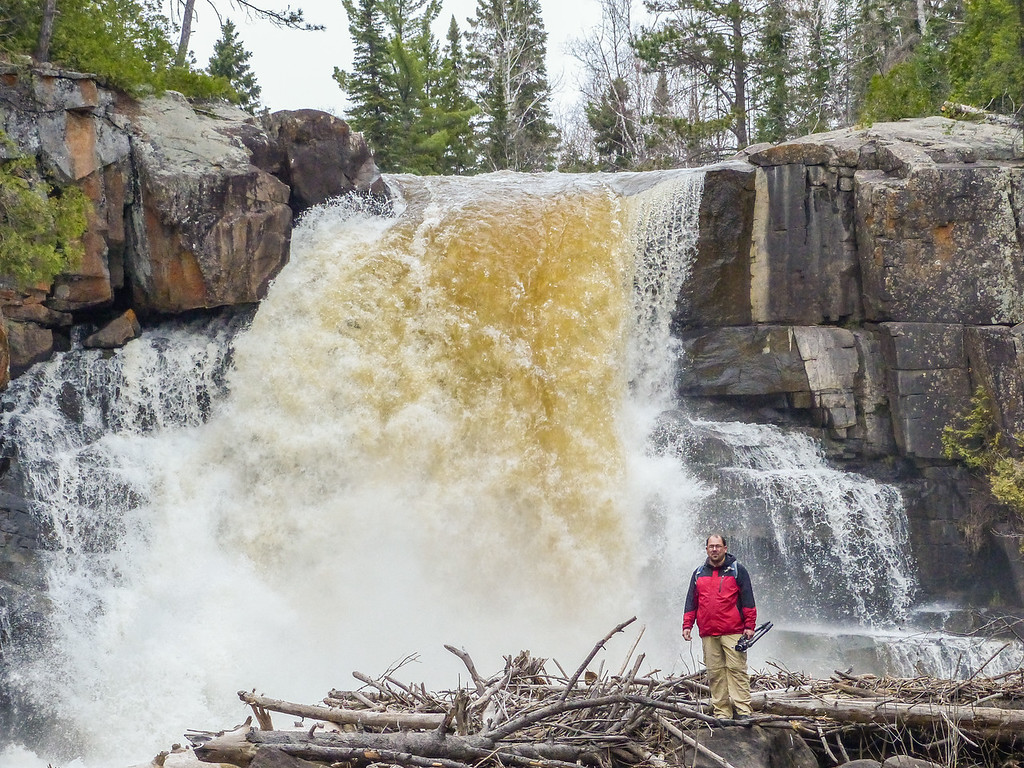 "FRIDAY, MAY 13, 2016<br /> <br /> BEHIND THE SCENES 1080747<br /> <br /> ""Arrow River Waterfall""<br /> <br /> Here is a photo that Jessica took of me standing in front of the waterfall!<br /> <br /> Camera: Panasonic DMC-FZ200<br /> Focal length: 204mm<br /> Shutter speed: 1/400<br /> Aperture: f/4<br /> ISO: 400"