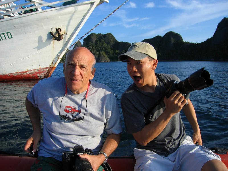 Steve Drogin and Eric Cheng in Raja Ampat, Indonesia. December 16, 2004.  Photo: Eric Cheng
