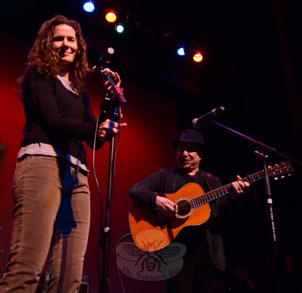 "Singer Songwriter Edie Brickell brought along her husband Paul Simon as a surprise guest during the Concert for Hope & Healing at Ridgefield Playhouse on January 19. Besides performing a brand new song she dedicated to Newtown's 12/14 responders, Brickell and Simon sang a rendition of the Everly Brothers ""All I Have to Do Is Dream"" together. (Voket photo)"