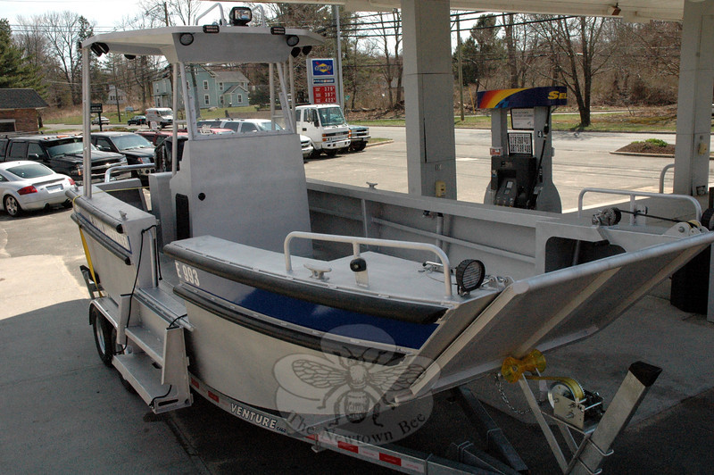 Newtown Underwater Search And Rescue (NUSAR) has acquired a custom-made 20-foot-long alumi-num dive boat for its work on local and area waters. The vessel replaces a 19-foot fiberglass boat that the volunteer organization formerly used. (Gorosko photo)