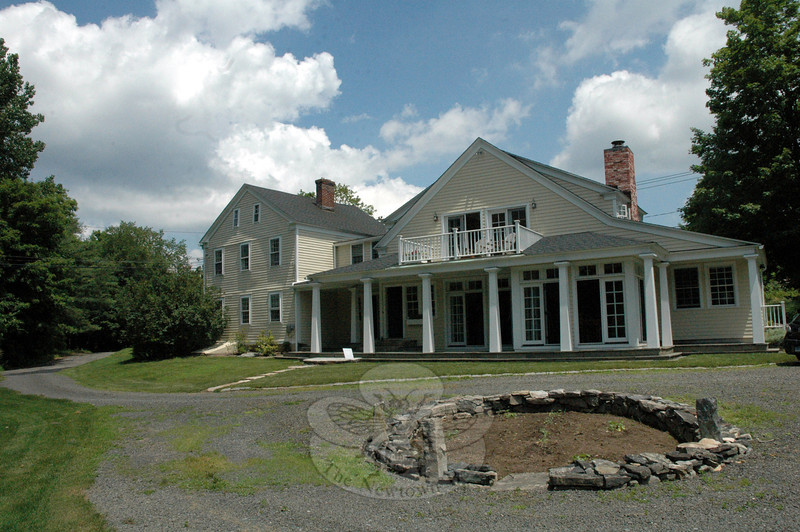 A view of the home of Knettie and Flip Archard at 30 Zoar Road in Sandy Hook.  The site has a circular driveway which encloses an area suitable for plantings and was open during the 17th Annual Newtown Historical Society House & Garden Tour. (Gorosko photo)