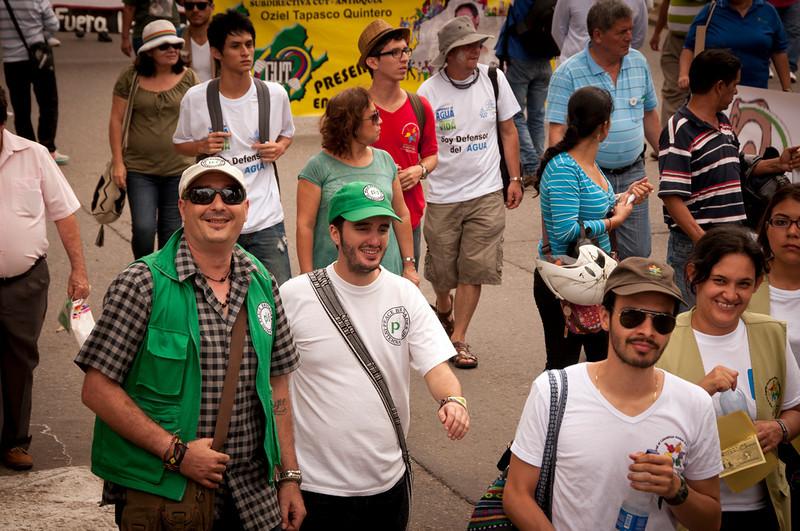 Durante la marcha, PBI acompañó al Colectivo de Abogados Luís Carlos Pérez que forma parte del Comité por la Defensa del Agua y del Páramo de Santurbán.