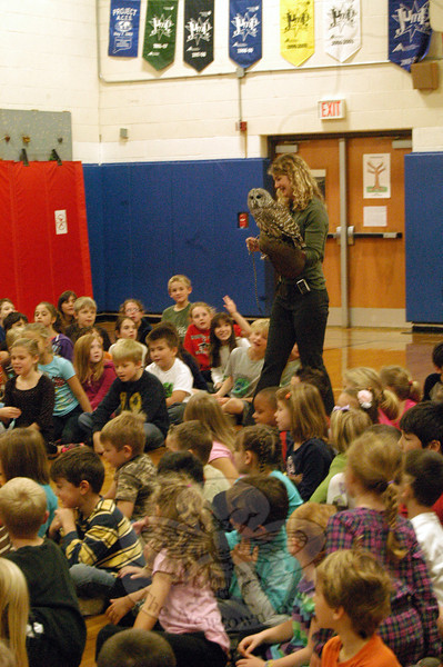 Middle Gate Elementary School students were introduced to birds undergoing rehabilitation with A Place Called Hope, in Killingworth, on Monday, October 15. Wildlife rehabilitator Alison Rubelmann introduced the students first to an owl called Zen. (Hallabeck photo)