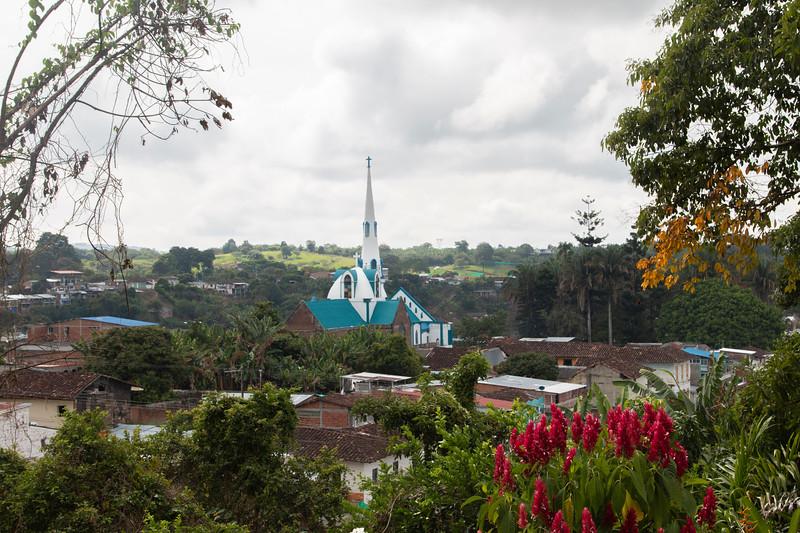 El municipio de Trujillo desde el Parque monumento de la memoria.