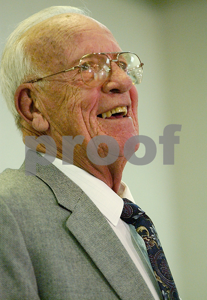 E.L. HUBBARD/JOURNALNEWS<br /> Joe Nuxhall laughs after sharing one of his stories during a Lindenwald Kiwanis Club of Hamilton luncheon in his honor at the Hamiltonian Hotel Wednesday, 01/05/05.
