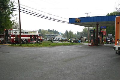 Route 44 Oil Truck Rollover - May 1, 2009