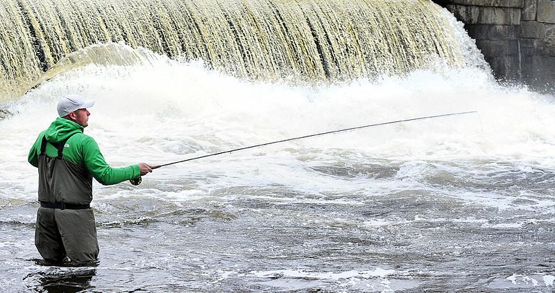 Falls fishing