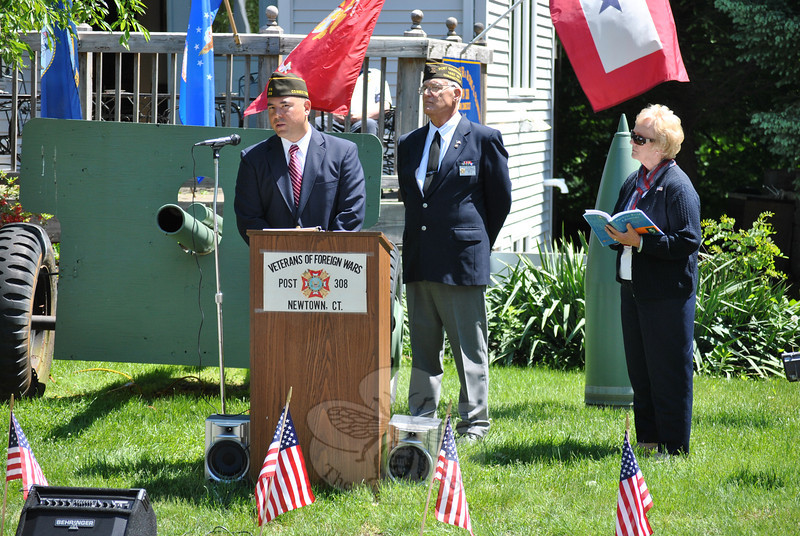 """PLEASE NOTE: Additional photos from this event, which were presented online in a slideshow, can be viewed here: <a href=""""http://photos.newtownbee.com/Journalism/Holidays/Veterans-Commemorated-At-VFW/29733720_LZ7Qnb#!i=2546610069&k=qc4wczd"""">http://photos.newtownbee.com/Journalism/Holidays/Veterans-Commemorated-At-VFW/29733720_LZ7Qnb#!i=2546610069&k=qc4wczd</a>"""