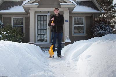 (1) Pslip Slug #: (Pending); (2) Ridgewood, NJ; (3) 01/12/2011; (4) Ridgewood Responds to Another Snow Storm; (5) ; (6) W.H. Grae for the Ridgewood News. Another Storm in RW 101