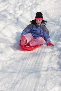 (1) Pslip Slug #: (Pending); (2) Ridgewood, NJ; (3) 01/12/2011; (4) Ridgewood Responds to Another Snow Storm; (5) ; (6) W.H. Grae for the Ridgewood News. Another Storm in RW 051