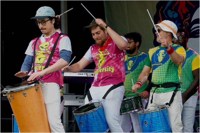 Starting off the festival: the creative drumming project Grooversity.