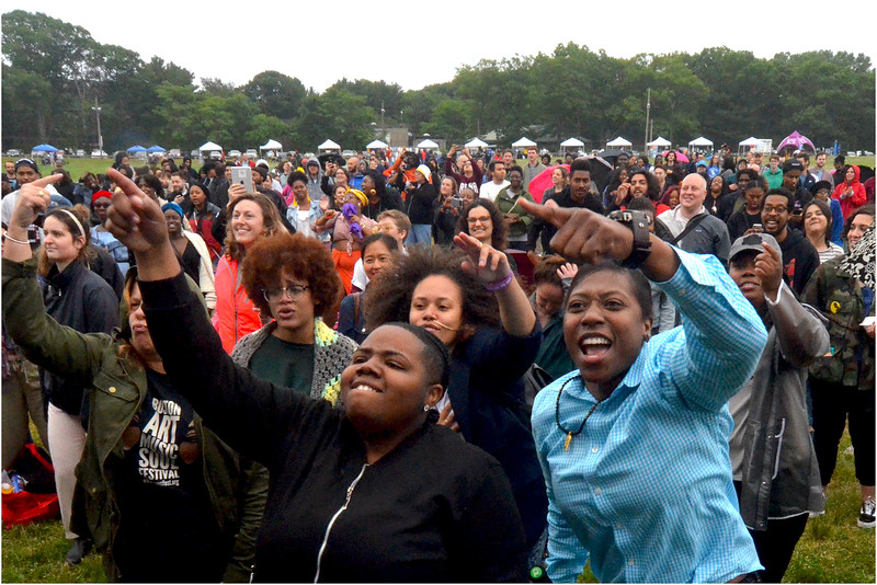 The crowd at Franklin Park's Playstead.