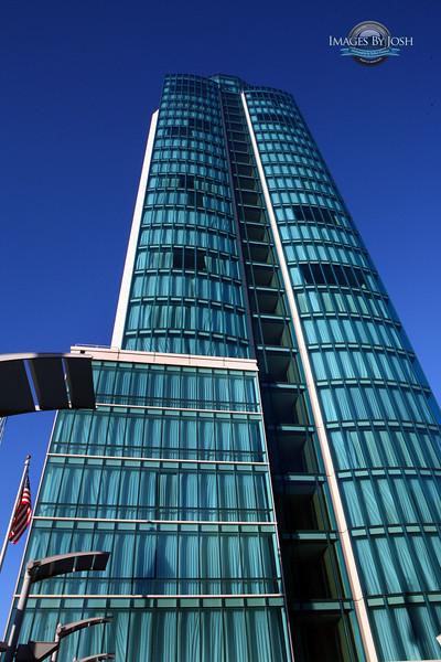 Intercontinental_Hotel_Tower_IMG_2565