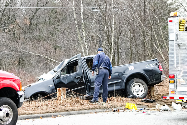 Car accident at the corner of Maguire Rd. and Hartwell Ave. in Lexington, MA (December 06, 2004)