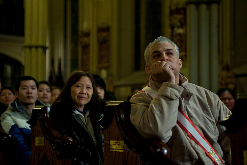 Italian American and Chinese community at the Saint Patrick's Old Cathedral attending the visit of Cardinale Sepe.<br /> © Laura Razzano