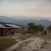 Nos quedamos en la casa de Henry Salón, gobernador del resguardo U´wa entre 2012 y 2014.  En Casanare, la comunidad U´wa cuenta con apenas 500 habitantes que viven en un resguardo de 18.600 hectáreas, tamaño similar al de la isla Aruba.
