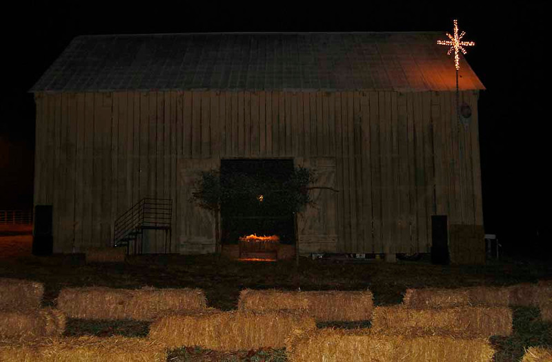 Serenity Farms holds a Live Nativity during the Christmas season to thank the public for their patronage.