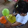 Unos días después viajamos hasta Camelias para celebrar con la gente de las zonas humanitarias de Curbaradó, Jiguamiandó y La Larga Tumaradó, que es asesorada por la Comisión Intereclesial de Justicia y Paz, una de las primeras organizaciones que hemos acompañado desde 1994. María Luisa está preparando el acto para el aniversario.