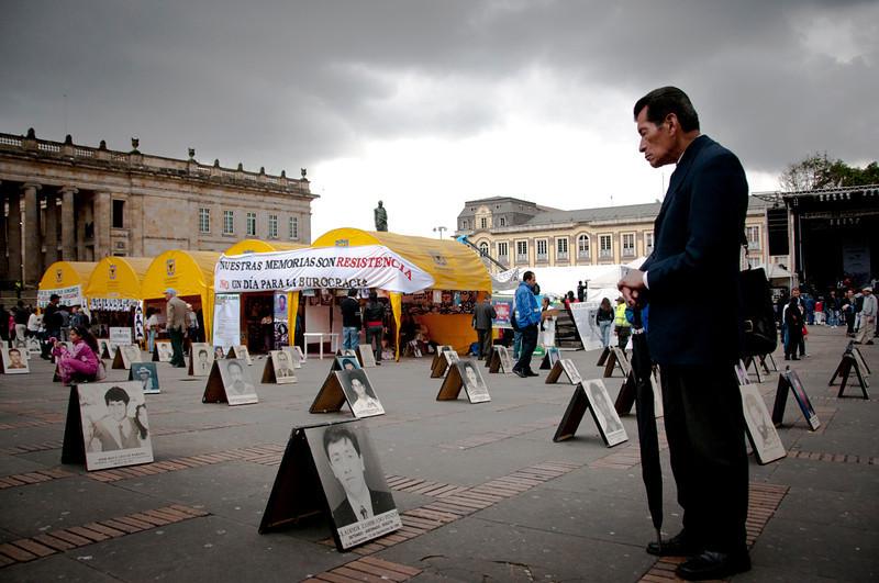 En julio de 2011, la Fiscalía General de la Nación ya tenía registrados más de 16.000 casos de desapariciones en Colombia. <br /> Foto: Leonardo Villamizar