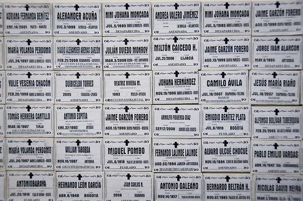 Según el informe de 2011 de la Alta Comisionada de las Naciones Unidas para los Derechos Humanos en los procesos de la Ley de Justicia y Paz, a septiembre de 2011, de un total de 26.026 hechos confesados, 2.546 son desapariciones forzadas.  Foto: Leonardo Villamizar