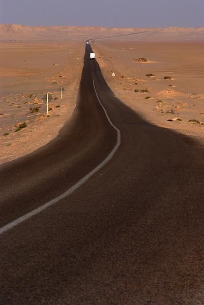 sDalhka route 14:  Road towards Al Layoune