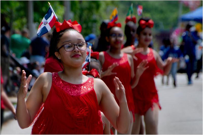 Fuerza Internacional Dance Group.