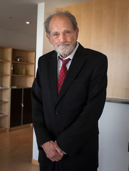 Dr. Lloyd Shapley, UCLA professor ameritus, visits the Embassy of Sweden in Washington, D.C. on November 29th, 2012 in recognition of his Nobel Prize award for economics.