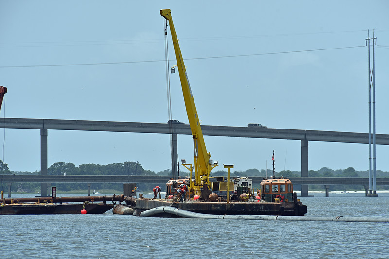 Rockbridge Dredge in Jekyll Creek dismantling 06-22-19