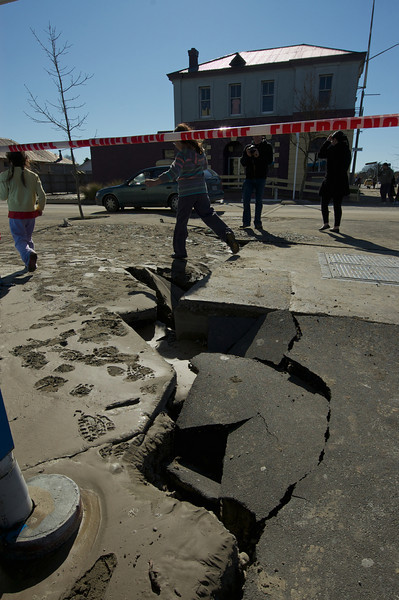 Earthquake_2010-09-04_11-16-58_DSC_5128_©RichardLaing(2010)