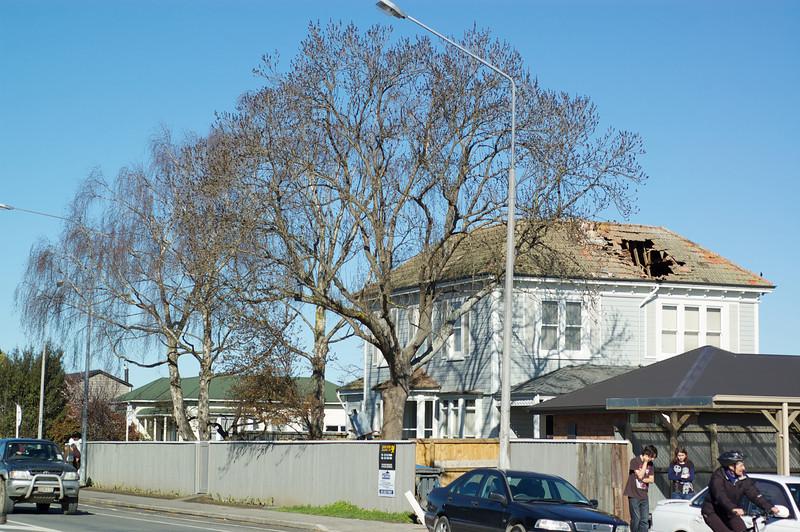 Earthquake_2010-09-04_10-50-13_DSC_5089_©RichardLaing(2010)