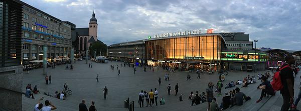 Hauptbahnhof_ Cologne_IMG_5230