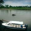 En el pasado Eustaquio ha recibido amenazas por su papel protagónico en el proceso de restitución de tierras colectivas en la cuenca del río Curbaradó. Por esta razón la Unidad Nacional de Protección le ha otorgado medidas de protección, como esta lancha rápida.