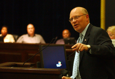 Dan Metelsky, former Lorain councilman and Ohio State Rep., speaks about the Design Review process at Elyria City Council meeting Oct. 13.   Steve Manheim/Chronicle