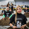 """Andrea Torres es sobrina de Nydia Érika Bautista, quien fue desaparecida en el 1987. Los familiares han realizado el performance de los """"Cuerpos Gramaticales""""."""
