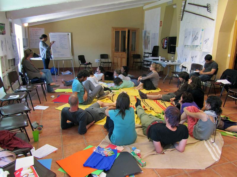 """""""Rompe sueños 2"""".<br /> ... y así reflexionar sobre la importancia del Apoyo a la Reconstrucción del Tejido Social (ARTS), como uno de los ejes de trabajo principales del proyecto."""