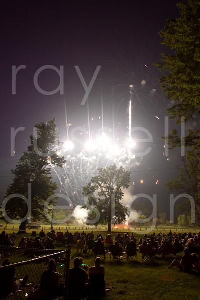 2010 Galion Fireworks - Photo-1