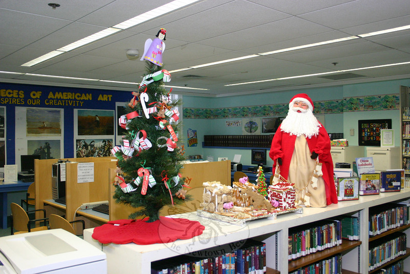 decorations in the childrens department at ch booth library hicks photo - Library Christmas Decorations